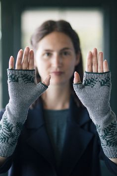 Mitts and colorwork go hand in hand. In Bristol Ivy's Sedge mitts, pretty botanical motifs in two colors of fingering-weight Finch grace the long length of these pretty hand warmers, while fingers are free to remain useful for hands-on activities. Intarsia Knitting, Hand Knitting, Knitting Patterns, Knit Mittens, Knitted Gloves, Wrist Warmers, Hand Warmers, Fingerless Mitts, Pretty Hands