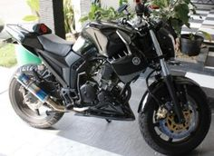 Modifikasi Yamaha Scorpio Streetfigther Hitam