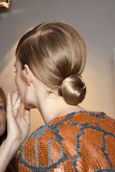 STILE FORMA | sleek simple bun knot chignon Low Buns, Knot Bun, Hair Knot, Top Knot, Hair In A Bun, Braid Hair, Fishtail Ponytail, Her Hair, Chignon Hair