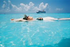 No hay nada como en el mar, la visa es mas sabrosa y que mejor en BAHAMAS...