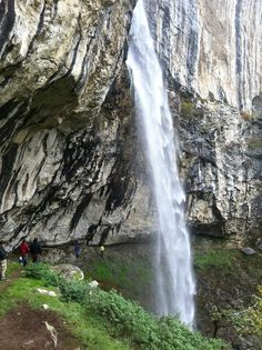 Cernei la cascada Vanturatoarea, Romania Macedonia, Albania, Waterfall, Nature, Outdoor, Beauty, Waterfalls, Rome, Outdoors