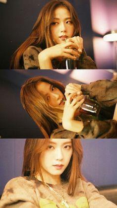 Blackpink Jisoo, South Korean Girls, Korean Girl Groups, Yg Entertainment, K Pop, Korean Beauty Girls, Lisa Blackpink Wallpaper, Divas, Blackpink Memes