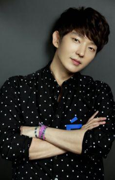 Lee Joon Ki on Check it out! Korean Men, Korean Actors, Lee Jong Ki, Park Hyung, Arang And The Magistrate, Wang So, Lee Jung, Hyung Sik, Asian Celebrities
