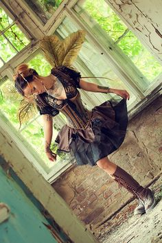 Such a pretty steampunk outfit, would suit a few in A Steampunk Murder mystery investigation party game! A Steampunk Murder is available at http://www.shotinthedarkmysteries.com