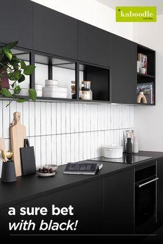 Kitchen Room Design, Modern Kitchen Design, Kitchen Layout, Home Decor Kitchen, Interior Design Kitchen, Interior Plants, Interior Ideas, Kitchen Ideas, Black Kitchens