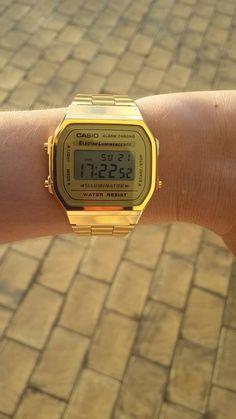 vintage casio gold watch #watchporn Casio Gold Watch, Casio Vintage Watch, Vintage Watches, Summer Accessories, Jewelry Accessories, Dream Watches, Hand Watch, Watches For Men, My Style