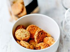 80 recipes for an aperitif dinner # aperitif - Moyiki Sites Cocktail Drinks, Cocktails, Fodmap, Ratatouille, Cereal, Dining, Breakfast, Desserts, Parmesan