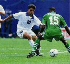 Italy 2 Nigeria 1 in 1994 in Boston. Roberto Baggio nutmegs Sunday Oliseh in the 2nd Round at the World Cup Finals.