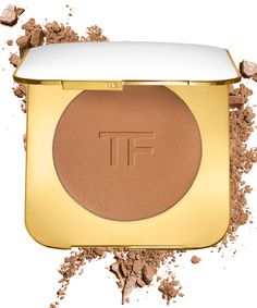 Most bronzers look artificial and cheesy on me, but this one is different.
