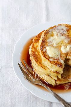 It is time for a childhood favourite: my mother's apple pancake that I used to eat with a loads of cinnamon sugar. However, I felt I shouldn...