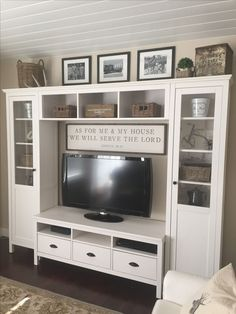 Entertainment center on the farm - Wohnzimmer - #Center #entertainment #farm #Wohnzimmer