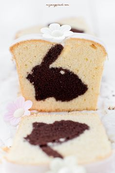♡ vanilla and cocoa bunny cake with lemon sugar icing Easter Bunny Cake, Easter Treats, Costco Chocolate Cake, Bunny Bread, Checkerboard Cake, Easter Lunch, Sugar Icing, Un Cake, Great Desserts
