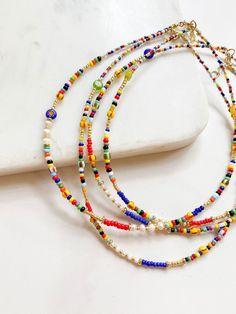 Seed Bead Jewelry, Bead Jewellery, Cute Jewelry, Diy Jewelry, Jewelry Necklaces, Beaded Bracelets, Jewelry Design, Jewelry Ideas, Seed Bead Necklace