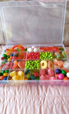 Awesome Christmas Gifts for Men – Candy Tackle Boxes Christmas – Grandcrafter – DIY Christmas Ideas ♥ Homes Decoration Ideas Diy Best Friend Gifts, Cute Gifts For Friends, Candy Gift Box, Candy Gifts, Christmas Gift Baskets, Best Christmas Gifts, Fun Sleepover Ideas, Bff Birthday Gift, Mens Valentines Gifts