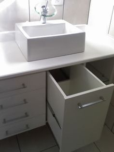 Hamper under some sink Diy Bathroom Vanity, Small Bathroom Storage, Vanity Decor, Bathroom Organization, Bathroom Interior, Laundry Cabinets, Bathroom Cabinets, Cabinet Furniture, Colorful Decor