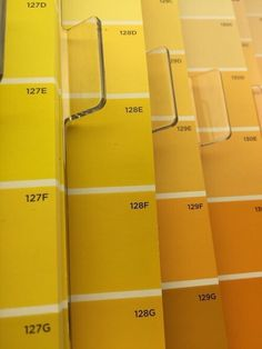 Aesthetic Wallpaper Dark Yellow Ideas For 2019 Rainbow Aesthetic, Aesthetic Colors, Aesthetic Pictures, Aesthetic Yellow, Summer Aesthetic, Yellow Theme, Color Yellow, Yellow Walls, Colour Board