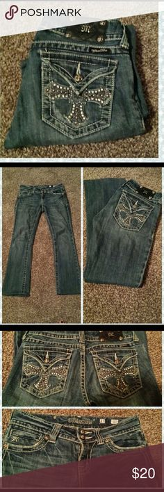 """Miss Me 27/29 Miss me studded bling back packet jeans. Boot cut. Hemmed to 29"""" inseam. Fit mor like 26 Jeans Boot Cut"""