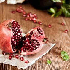 Improves Kidney Health & Pomegranate Seeds Improve Lungs