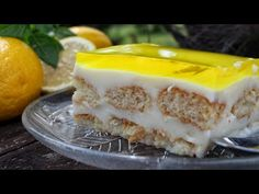 Cool sweet fridge with lemon flavored cream and jelly (Video) – pastry types Greek Desserts, Greek Recipes, No Bake Desserts, Ratatouille, Lady Fingers Dessert, Candy Recipes, Dessert Recipes, Clafoutis Recipes, Happy Foods