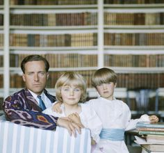 The Guinness family at Leixlip Castle, c. 1963.  Photo: Slim Aarons.