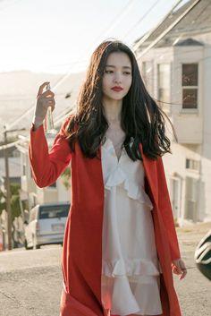 High Noon, Kenzo, Cute Korean Girl, Mademoiselle, Badass Women, Korean Actresses, Korean Women, Daily Look, Korean Singer