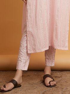 Find a perfect match of plain & printed Pants & Palazzos to pair with your Kurtas. Kurta Designs Women, Salwar Designs, Trousers Women, Pants For Women, Ladies Pants, Plain Kurti, Kurtis With Pants, Salwar Pants, Kurta Patterns