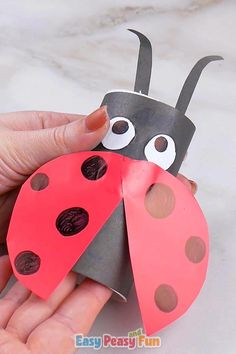 Toilet Paper Roll Crafts, Paper Crafts For Kids, Easter Crafts, Preschool Arts And Crafts, Craft Activities For Kids, Ladybug Crafts, Halloween Crafts For Kids, Spooky Halloween, Toddler Crafts
