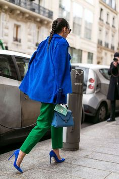 Emerald+ bright blue/The best street style of Paris fashion week