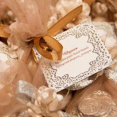 "Maryam Saed Samii on Instagram: ""#sofrehaghd #weddingspread #dujeen #maryamsaedsamii #savethedate #weddinggift #wedding #weddingaccessories #unique #iranian #tradition #uniqueaccessories"""