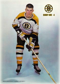 Bobby Orr #nhl #hockey #boston #хоккей #нхл Hockey Games, Ice Hockey, Hockey Room, Bobby Orr, State Champs, Boston Bruins Hockey, Wayne Gretzky, Montreal Canadiens, Sports Pictures