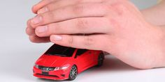Quando si è proprietari di un automobile è obbligatorio per legge stipulare un contratto assicurativ...