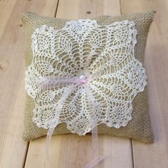 burlap and doily ring pillow with pink ribbon. Inspiracion  ༺✿Teresa Restegui http://www.pinterest.com/teretegui/✿༻