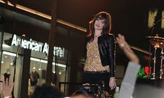 Demi Lovato Photos Photos: Demi Lovato Rocks Hollywood - All About Brothers 2009, Jonas Brothers, Beverly Hilton, The Beverly, Demi Lovato 2009, Youtube Original, Executive Producer, Photo L, Rock Style
