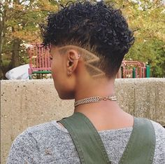 Dope cut @esterlymelo  Read the article here - http://wordpress-15463-44123-113670.cloudwaysapps.com/uncategorized/dope-cut-esterlymelo/