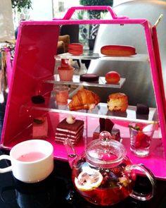 #food #afternoontea #afternoonteatime #sunny #happy #happiness #cafe #restaurant #tea #teatime by btxd1009