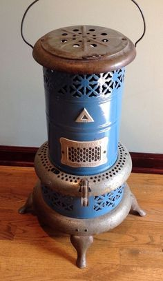 Vintage Perfection 1630 Smokeless Oil Kerosene Heater Blue Porcelain Stove USA | Antiques, Home & Hearth, Stoves | eBay! Oil Heater, Stove Heater, How To Antique Wood, Vintage Wood, Vintage Stuff, Stove Installation, Heating Furnace, Kerosene Heater, Old Stove