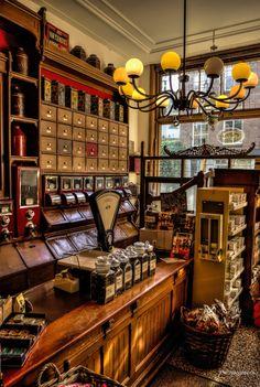 interior of de pelikaan tea store, zutphen, the netherlands | shopping + travel