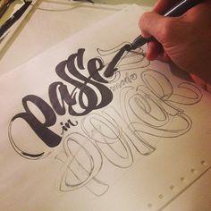 Otro boceto más para la misma marca, voy corriendo porque mañana comienza el curso de caligrafía /Anotherone for The same brand