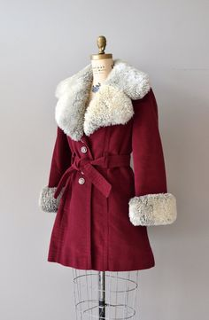 Bayberry winter trench / vintage 1970s coat / red par DearGolden