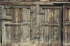 How to Fix Old Barns With Steel Cables Top Furniture Stores, Furniture Logo, Furniture Removal, Steel Furniture, Furniture Sale, Cheap Furniture, Diy Pole Barn, Old Barn Doors, Door Prizes