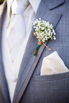Baby's Breath Boutonniere @Martha Clara Vineyards  @W Studios New York