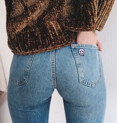 Watch Cam porn videos for free, Visit to watch Sexy Jeans, Superenge Jeans, Mom Jeans, Jeans Rock, Curvy Jeans, Grunge Look, Grunge Style, 90s Grunge, Grunge Outfits