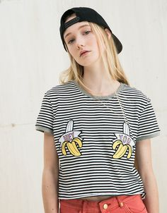 Unicorns/Bananas/Rainbows patch top. Discover this and many more items in Bershka with new products every week