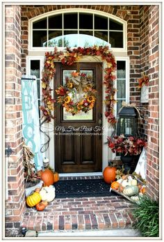 Fall Porch Welcome Entry