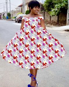 maboplus is here again with beautiful Short African Dresses 2018 for you to rock the next party you plan to attend. These are the collection of short African Ankara Short dresses that will fit you no matter your size or shape. Short African Dresses, African Print Dresses, African Print Fashion, Africa Fashion, African Wear, African Fashion Dresses, Ankara Fashion, African Prints, African Outfits