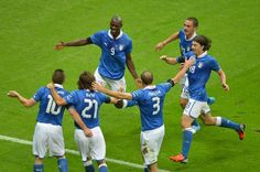 Italy goes to Final! Euro 2012 - AFP PHOTO / GABRIEL BOUYS