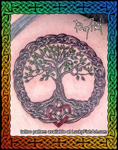 A mother with a large family came in for a tattoo that expresses her devotion to her children and husband and her connection to her ethnic ancestry. A Celtic Tree of Life with a heart in the roots, showing her love with this permanent embellishment. Tattoo Life, Giving Tree Tattoos, Celtic Tree Tattoos, Celtic Tattoo For Women, Irish Tattoos, Tree Tattoo Back, Tattoo Designs, Tattoo Ideas, Tree Wedding Invitations