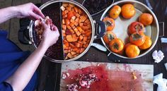 How to make natural dyes - lots listed inc. butternut squash, roses, coffee, butternut pumpkin, celery leaves, lavender, hyacinths, any red leaves, daylily blooms, bamboo, avocado skin and seed, bougainvillea, dandelion roots, onion skins and eucalyptus - all parts inc. leaves and bark