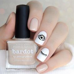 49 classy and stylish short nail art designs short nail designs short nail designs 2019 nail designs for short nails 2019 nail designs for short nails pictures short nails acrylic nice short nails short clear nails elegant short nail art design Minimalist Nails, Chic Nails, Stylish Nails, Evil Eye Nails, Short Nails Art, Manicure E Pedicure, Dream Nails, Chrome Nails, Perfect Nails