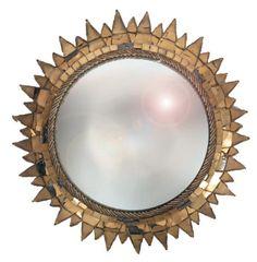 Line VAUTRIN (1913-1997) Soleil à pointes, c.1955 Miroir sorcière à encadrement en talosel noir incrusté de miroir doré (petits accidents et manques). Signé. Diamètre: 48 cm ibliographie: Patrick Mauriès,… - Tessier & Sarrou - 10/12/2014